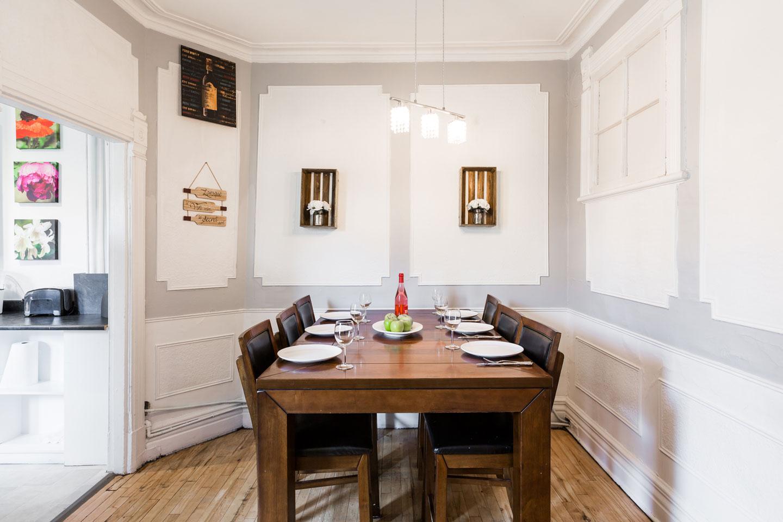 Château du Plateau: table pour 6 personnes