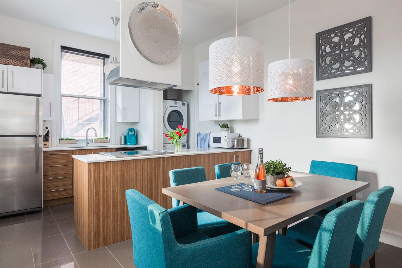 Chic Laurier: cuisine moderne toute équipée avec lave-vaisselle et table pour 6 personnes