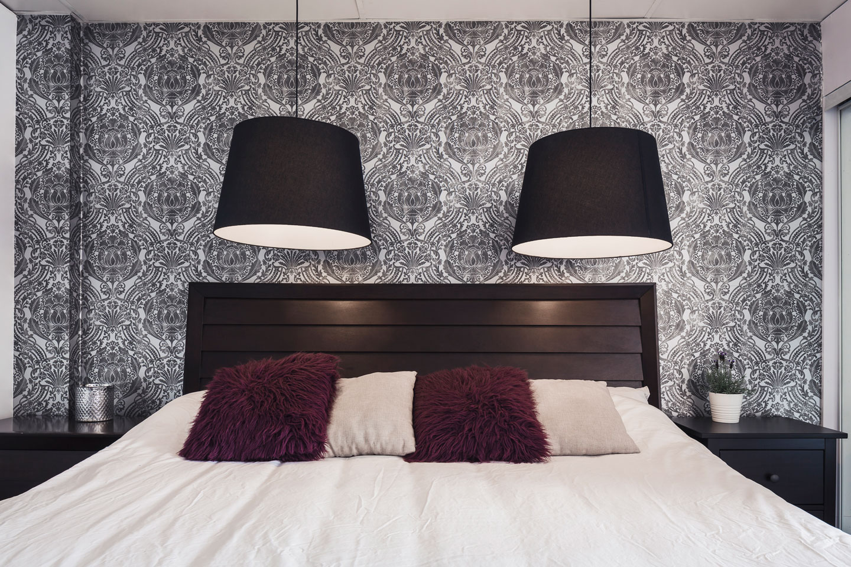 Entertainer: chambre, lit King et matelas en mousse-mémoire ultra-confort