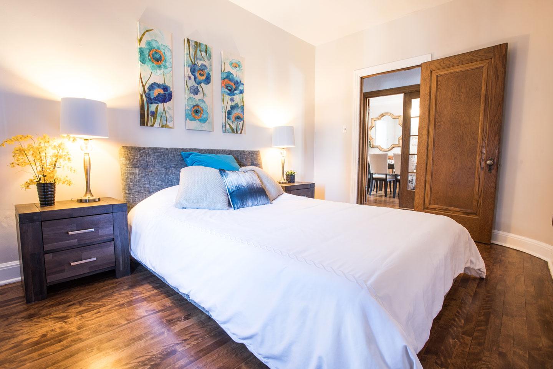 Golden kiss: chambre 3 avec lit queen et matelas en mousse-mémoire confortable