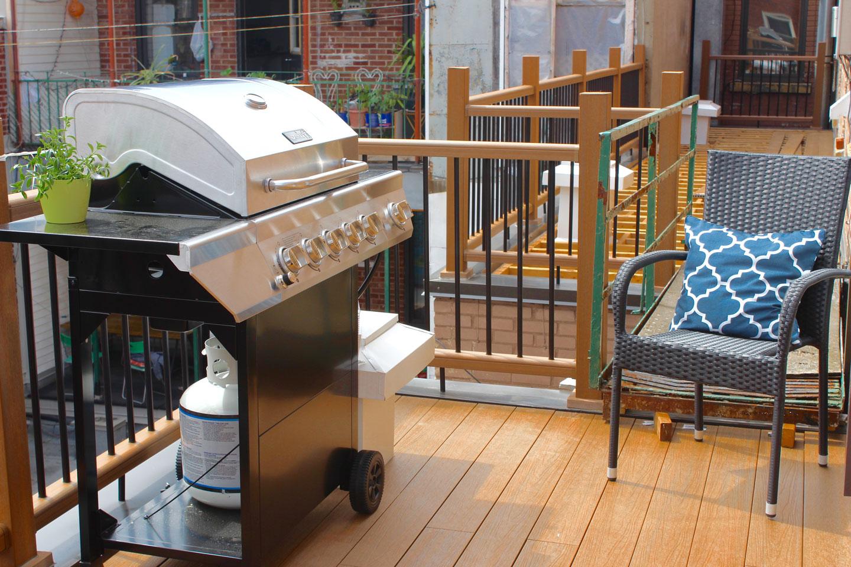 Scandinave: terrasse avec BBQ