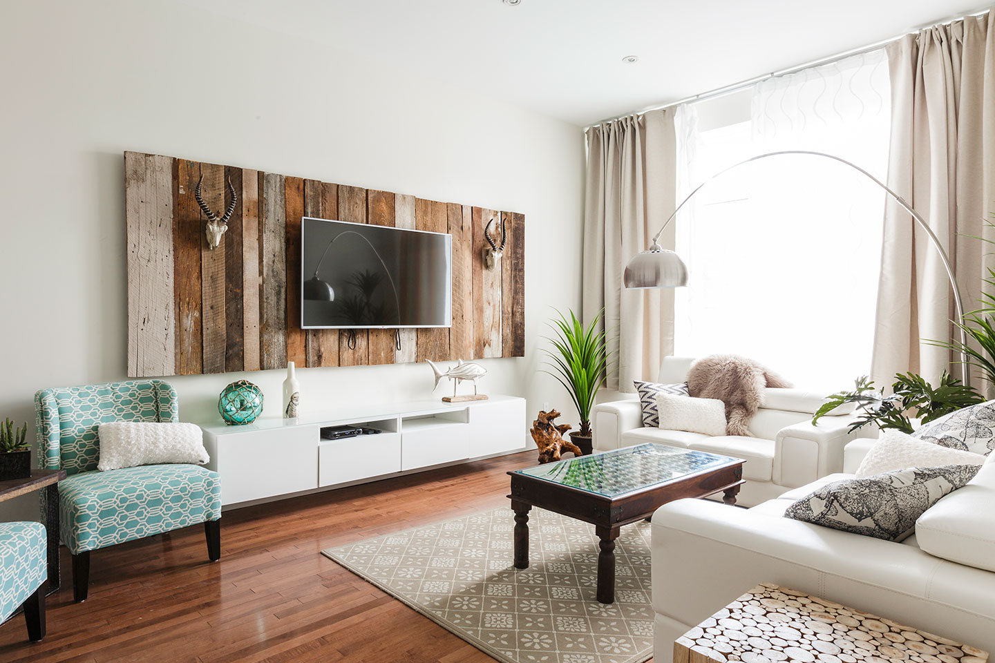 Vacation Rental Unit Fabfour In Montreal Mtlvacationrentals