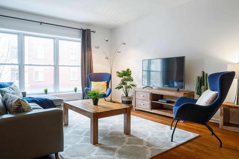 Suite 103: salon lumineux avec téléviseur HD, câble et Netflix