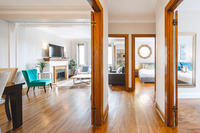 Golden kiss: living room with original woodwork
