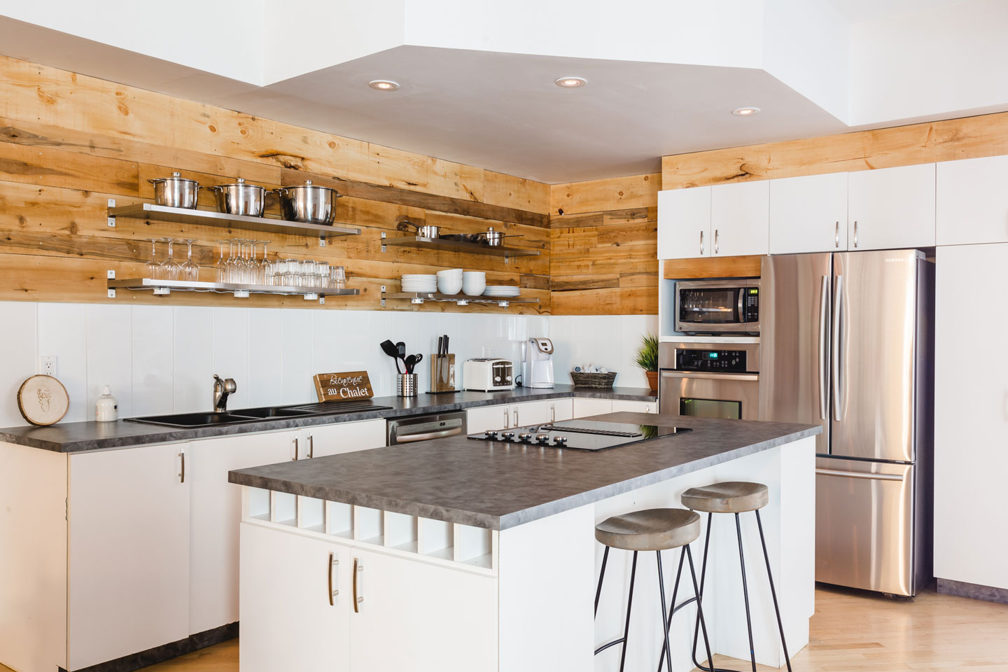 City chalet: fully equipped kitchen