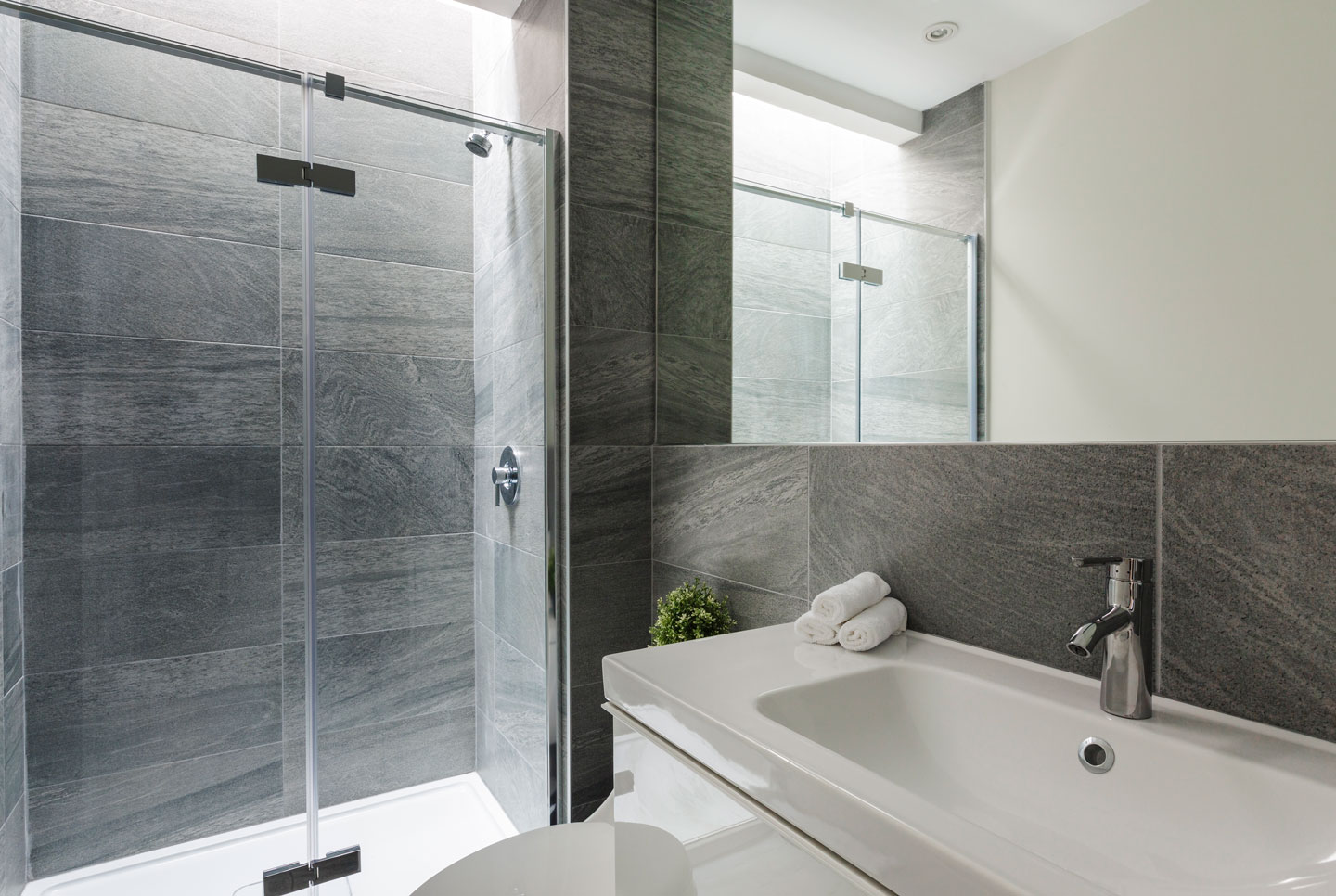 Fabfour: first bathroom with a walk-in shower