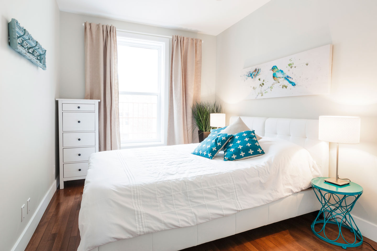 Fabfour: 4 closed bedrooms with comfortable memory foam mattress