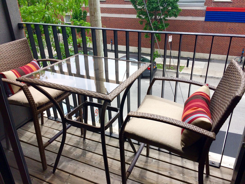 Suite 101: cosy balcony