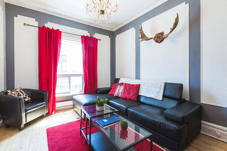 Château: living room