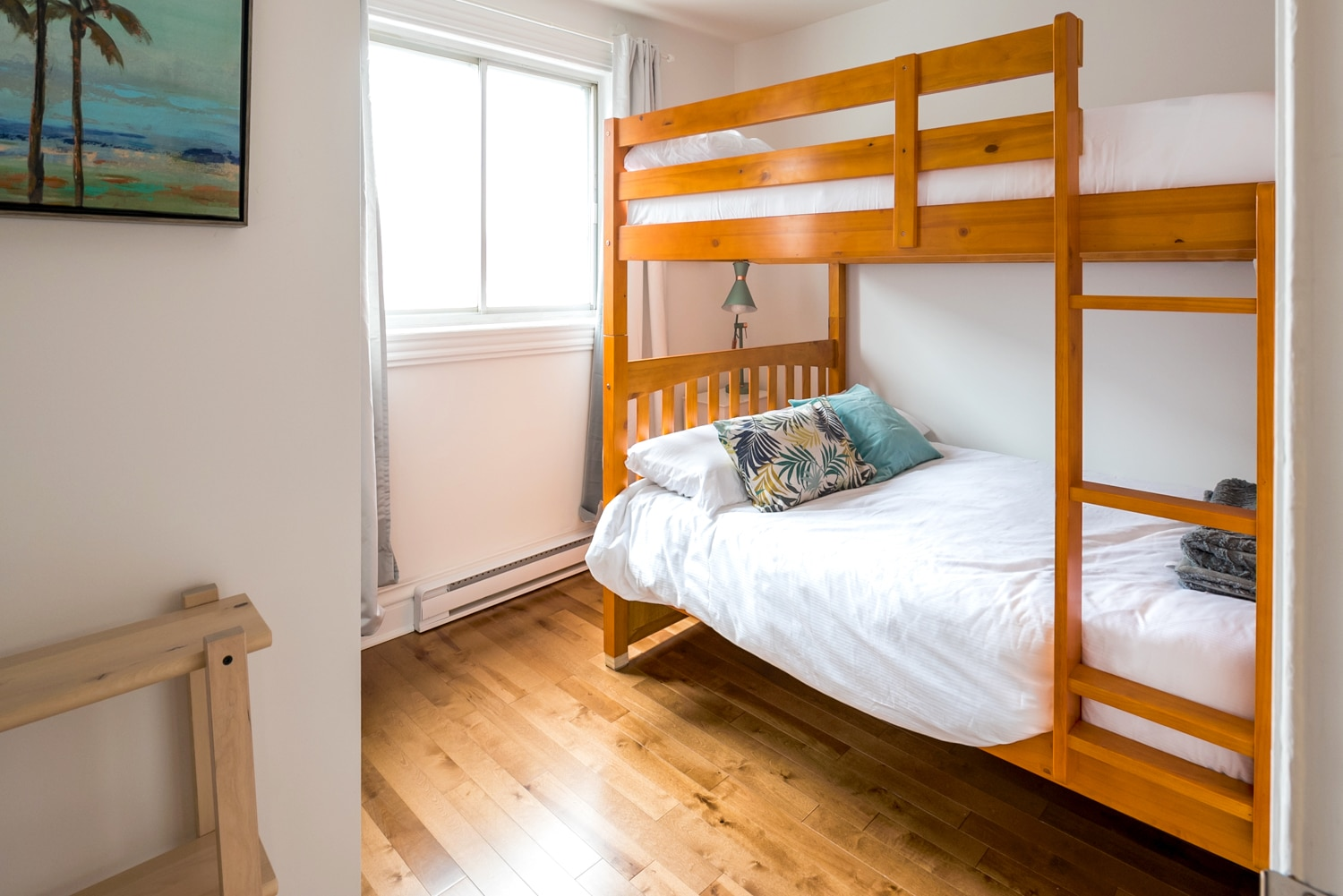 Bedroom # 3 : bunk bed with 2 double memory foam mattresses, perfect for families